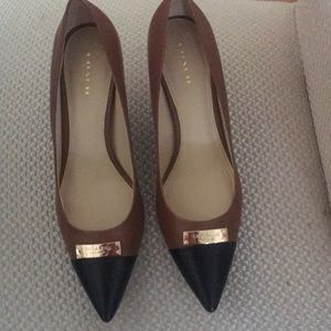 COACH pumps